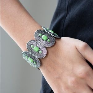 Turn Up The TROPICAL Heat - Green Bracelet